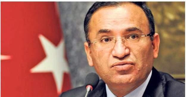"""Bekir Bozdağ """"Abd Gülen'i Vermezse Türkiye'yi Bir Teröriste Feda Eder"""""""
