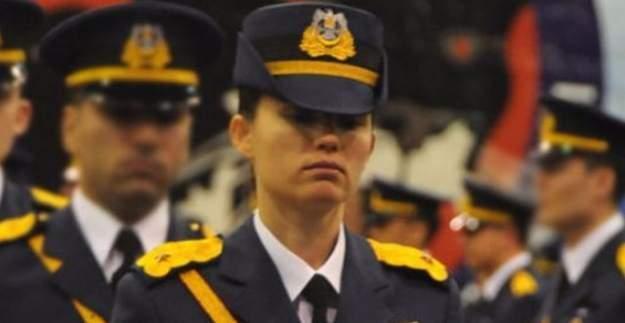 Darbeci kadın pilot, darbeci subayların isimlerini itiraf etti!
