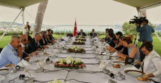 ''Esad geçiş sürecinde muhatap olarak kabul edilebilir''