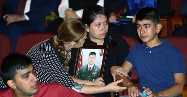 Halisdemir'in ailesi FETÖ yalanlarına dava açacak