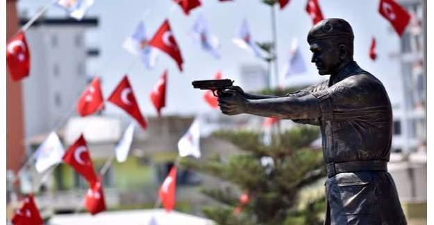 Ömer Halisdemir'in Heykeli  Mersin'de açıldı!