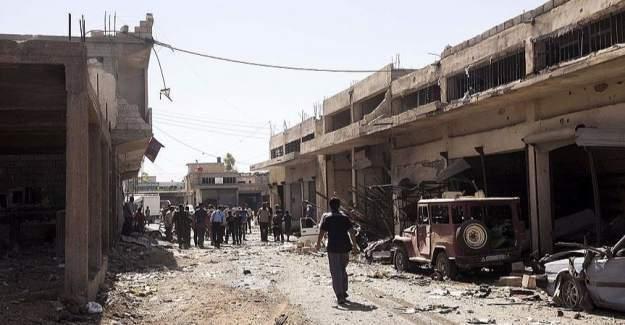 Suriye uçakları çarşı merkezini vurdu