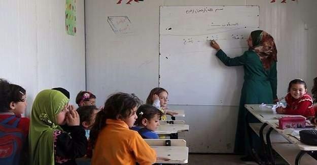 Suriyeli öğretmenlerin formasyon eğitimi başladı