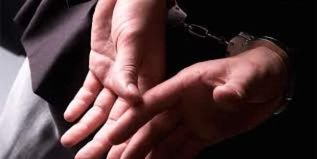3 İlde Operasyon: Okul Müdürlerinin de bulunduğu 35 kişiye gözaltı