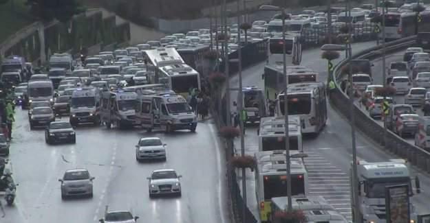 Acıbadem'de metrobüs kazası - Kazanın nasıl olduğu öğrenildi