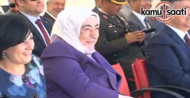 Başbakan'ın bir günlük öğretmenlik anısı dinleyenleri gülümsetti