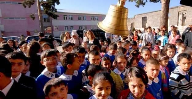 Eğitim sendikalarından açıklama:okullar pazartesi açılmasın!