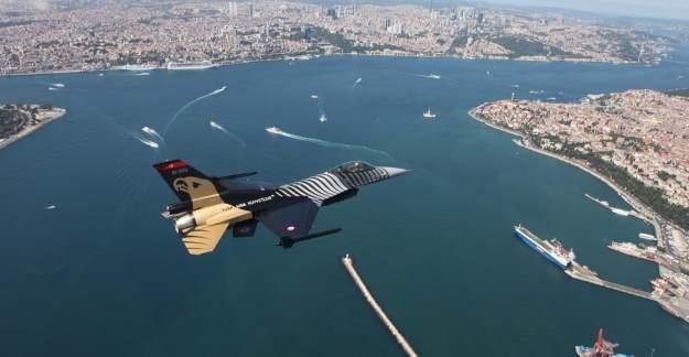 İstanbul'da f-16 lar Alçaktan Uçuyor!