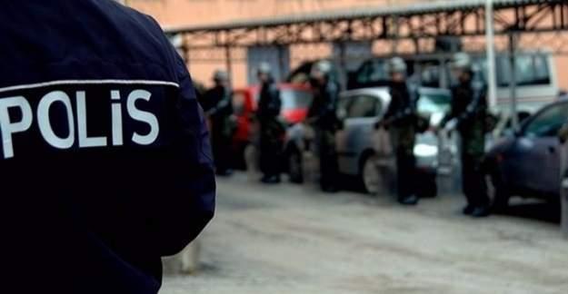 İzmir'de zabıt katiplerine dev FETÖ operasyonu!