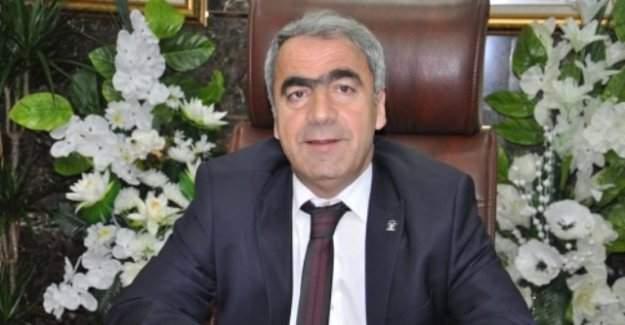 AK Parti İl Başkanı Uçar: ''Öğretmenlerin görev iadesi için girişimlere başladık.''