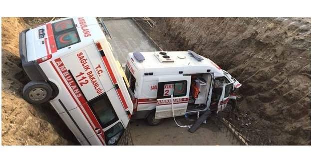 İki ambulans kaza yaptı:1'i ağır 4 sağlık görevlisi yaralı