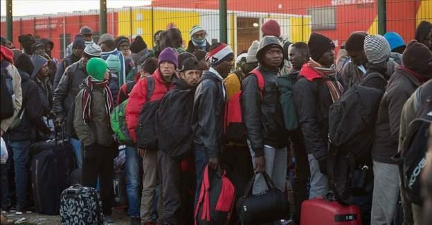 Fransa, Jungle sığınmacı kampından 4 bin kişiyi tahliye etti