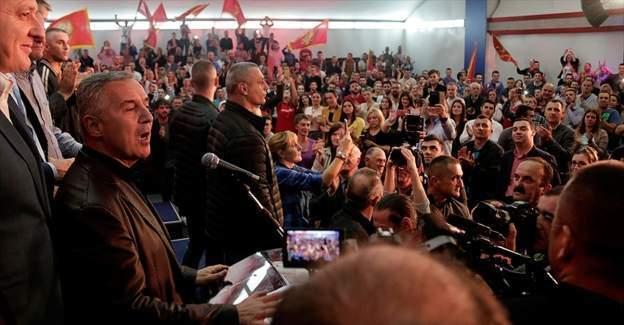 Karadağ'da seçimin galibi Başbakan Djukanovic'in partisi DPS oldu