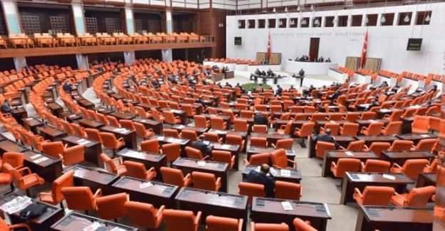 Meclis Mülakatla İlgili Teklifİ Reddetti
