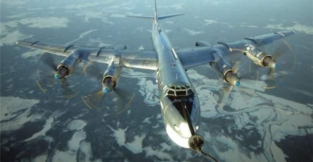 Rusya nükleer bombardıman uçaklarını ABD sınırına dayandırdı