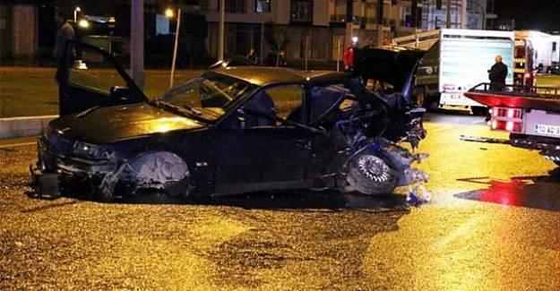 Balıkesir'de trafik kazası, 2 ölü