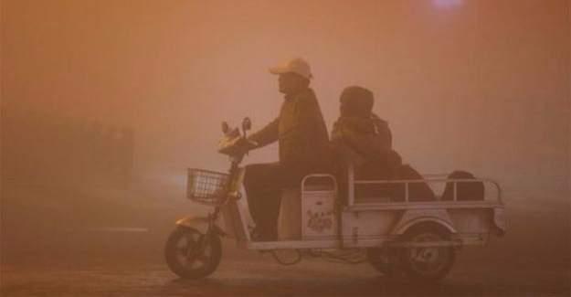 Çin hava kirliğinde sarı alarma geçti