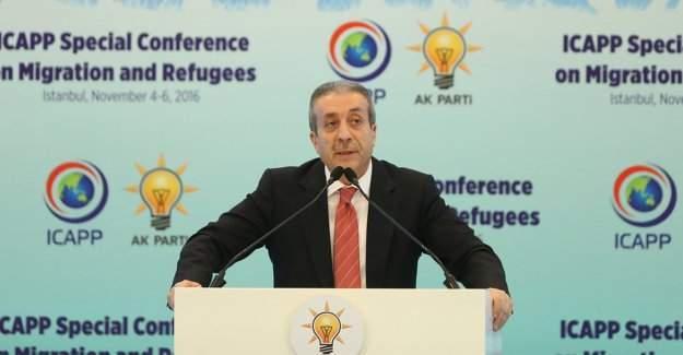 Mehdi Eker: ''Türkiye, 2 milyon 700 bin Suriyeli'nin evi oldu.''