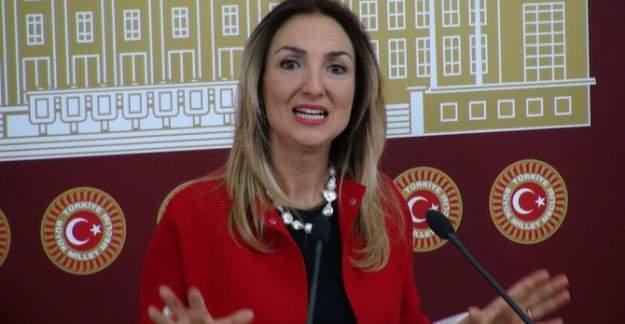 Milletvekili Nazlıkaya'yı 'sabah namazı' rahatsız etti