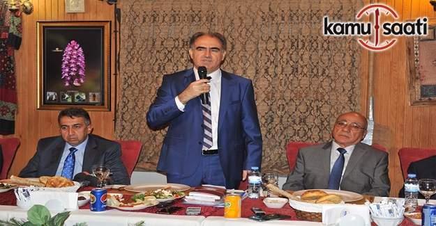 Vali Özkan: Devlet memuru gazetecilik yapamaz