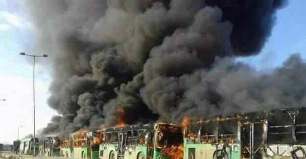 Halep'te son durum: Rejim güçleri tahliye otobüslerini yaktı