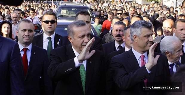 Kosova Cumhurbaşkanı Haşim Taçi Külliye'de