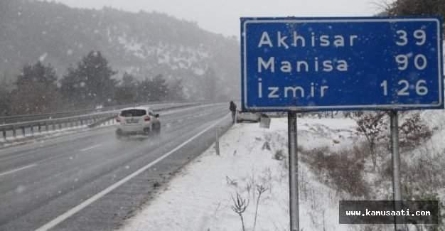 Manisa'da okullar tatil mi? MEB Valilik kar tatili açıklaması