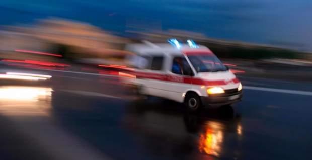 Öğrenci servisi refüje çarptı: 20 yaralı