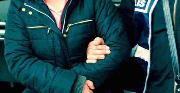 Sosyal medyada terör propagandası yapan öğretmen tutuklandı