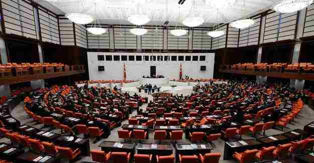 TBMM'de Anayasa değişikliği görüşmelerine geçilmesi kabul edildi
