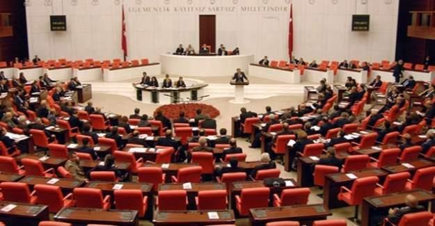 AKP'li milletvekili Elitaş: Anayasaya 20 CHP'li evet diyecek