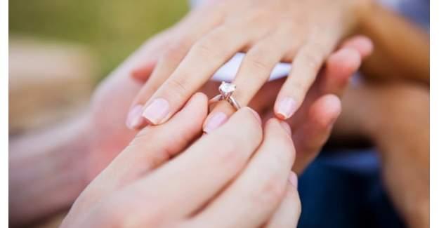 Aylık için boşanan binlerce kadının maaşı kesildi