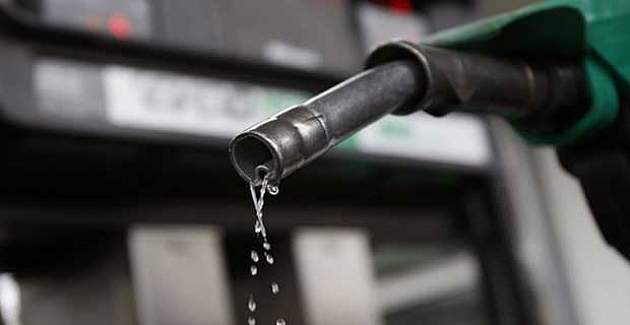 Benzinin litre fiyatına 8 kuruş zam yolda