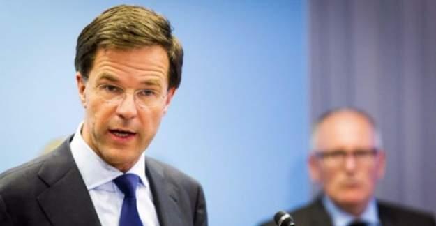 Hollanda Başbakanı'ndan Müslümanlara tehdit