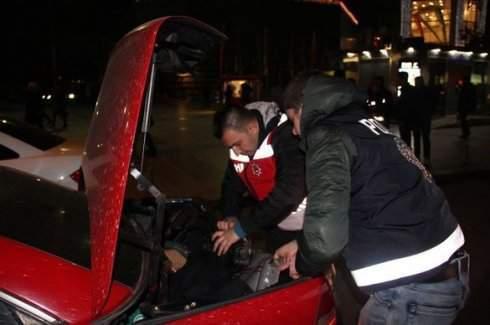 İstanbul'da 5 bin polisle eş zamanlı operason