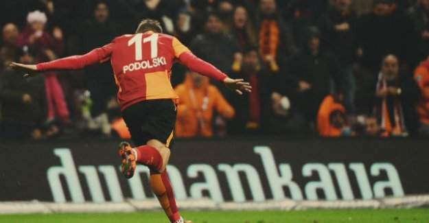 Podolski 'devam mı, tamam mı' diyecek