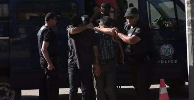 Yunanistan, kaçak darbecilerle ilgili kararını bugün açıklayacak