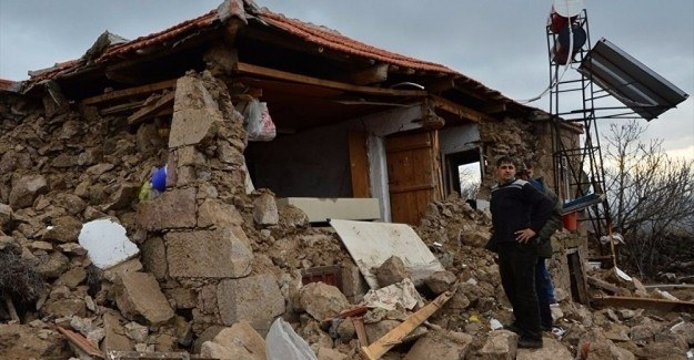 Çanakkale'de 115 deprem daha oldu