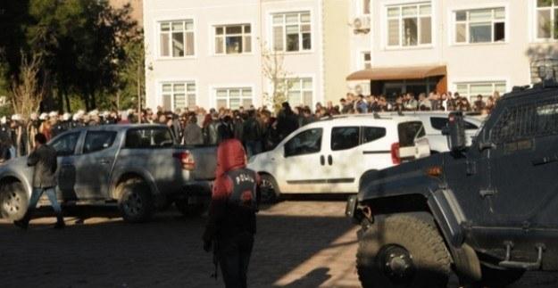 Diyarbakır'da bir belediyeye daha kayyum atandı
