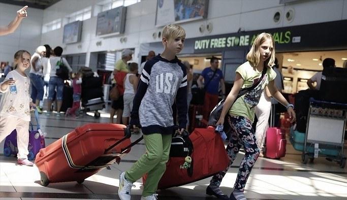 Türkiye'de Rusların vizesiz kalma süresi uzatıldı