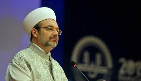DİB Başkanı Mehmet Görmez'den Berat Kandili Mesajı ve Duası