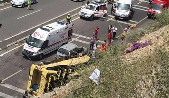 Marmaris'te tur otobüsü devrildi, ölü sayısı artıyor
