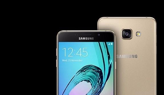 Samsung telefonlarının fiyatı yarıya düşüyor