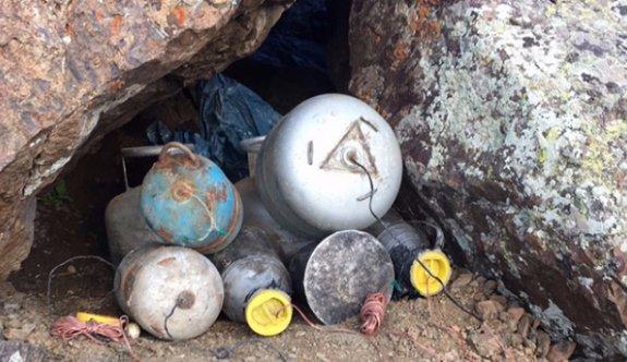Van'da, teröristlere ait el yapımı 3 patlayıcı imha edildi