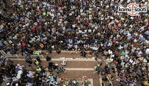 ABD'de öldürülen Müslüman genç kız için binler toplandı