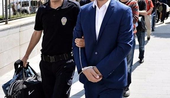 İhraç edilen 5 öğretmene FETÖ gözaltısı