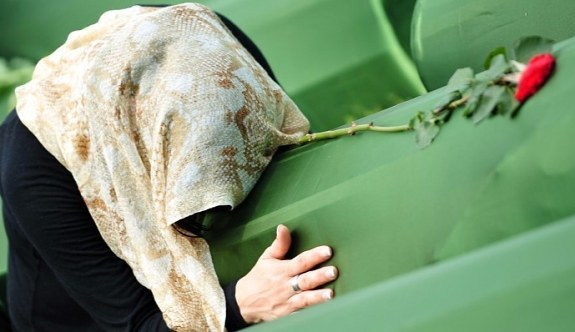 Eğitim Bir Sen'den Srebrenitsa Katliamı mesajı