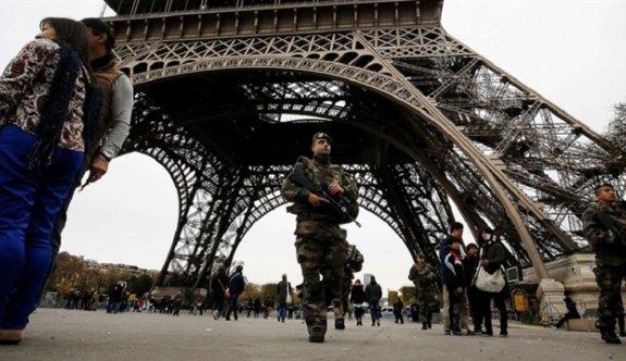 Fransa'da OHAL 6'ncı kez uzatıldı