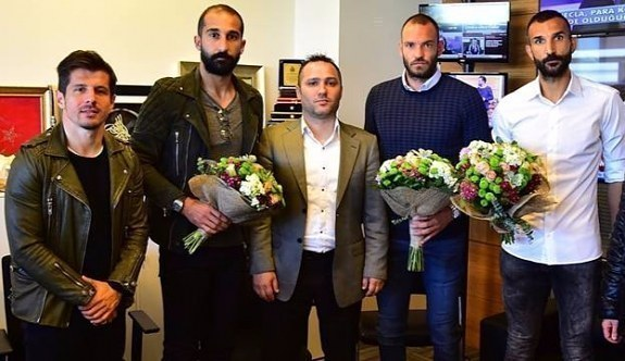 Gazeteciyi döven Başakşehirli futbolculara ceza