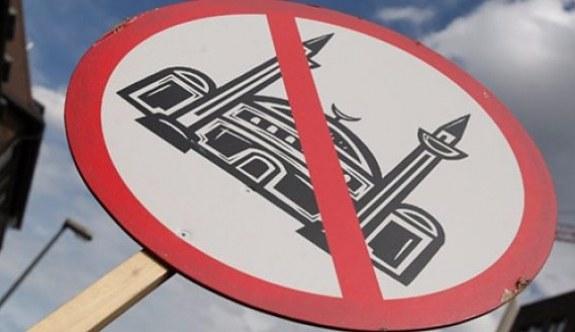İİT'den 'İslamofobi' uyarısı
